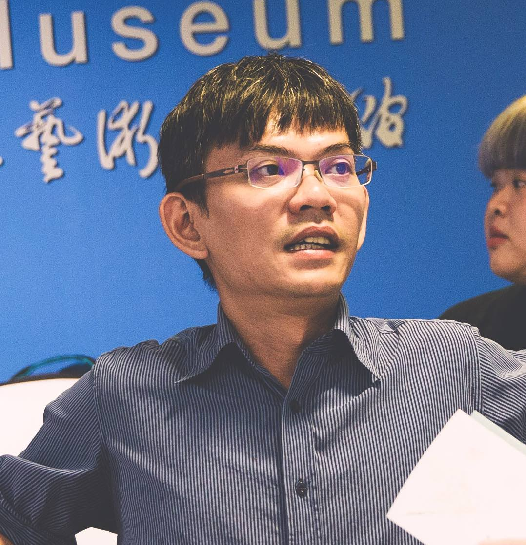 Jing-Zhong LOU
